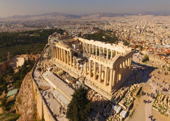 Arial view of the Acropolis, Athens - credits: Aerial-motion/Shutterstock.com