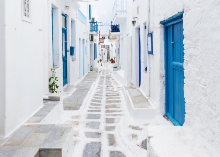 Mykonos Town - credits: ZGPhotography/Shutterstock.com