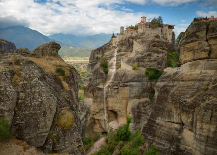 How to spend one day in Meteora