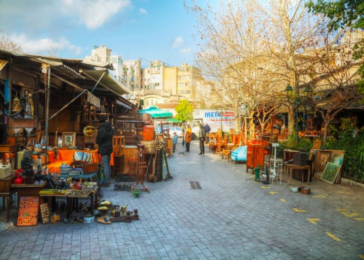 Flea market in Athens - credits: photo.ua/Shutterstock.com