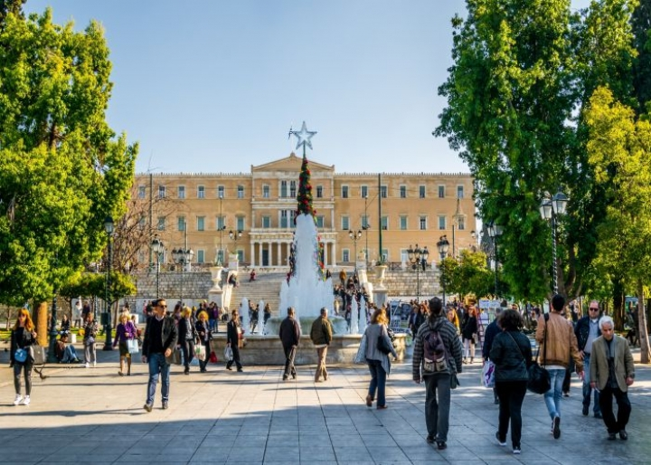 Find out the best squares in Athens - credits: trabantos/Shutterstock.com