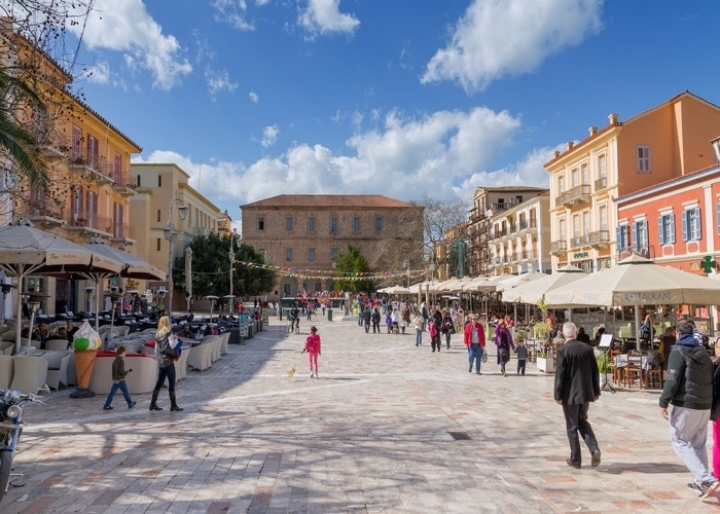 Syntagma Square - credits: Lefteris Papaulakis/Shutterstock.com