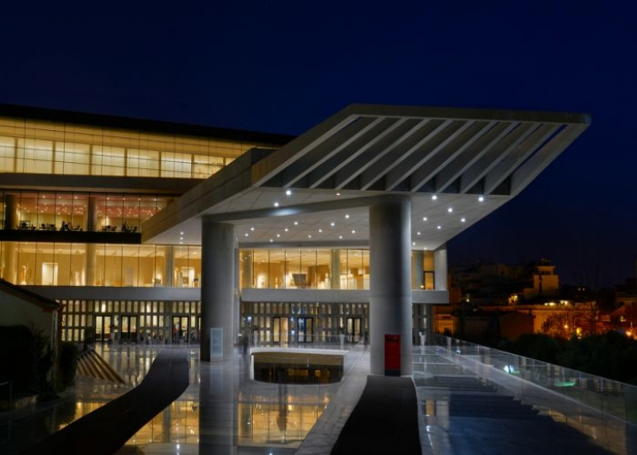 The Acropolis Museum at night - credits: Haris vythoulkas/Shutterstock.com